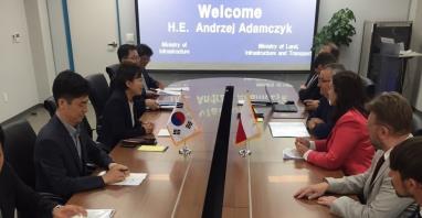 Adamczyk w Korei: LOT zbliża kraje