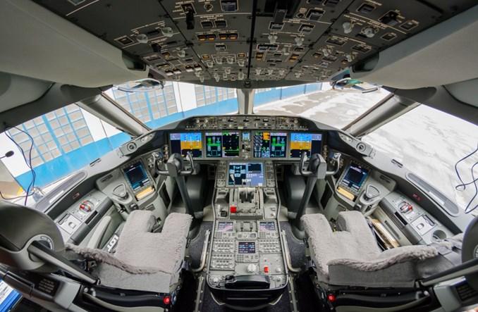 LOT szuka pilotów