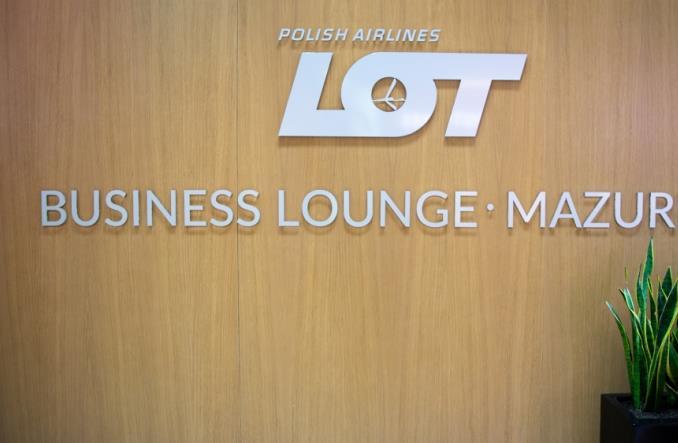 LOT uruchamia nowy salonik biznesowy Mazurek (ZDJĘCIA)