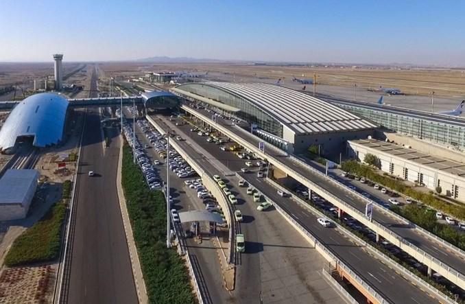 Trzej europejscy giganci zawieszają loty do Teheranu