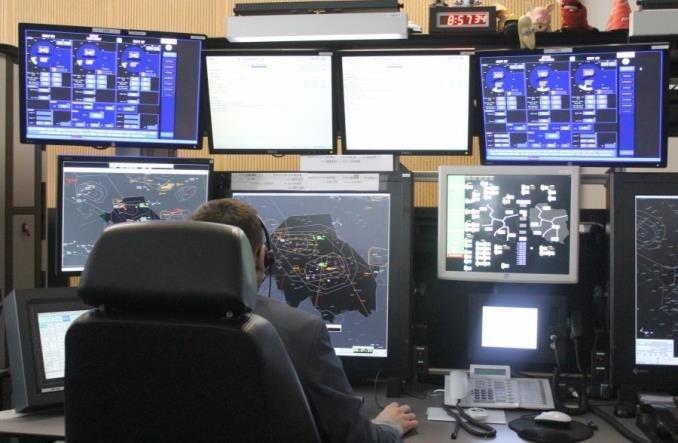 Indra Sistemas: Ruch lotniczy może być jeszcze bezpieczniejszy