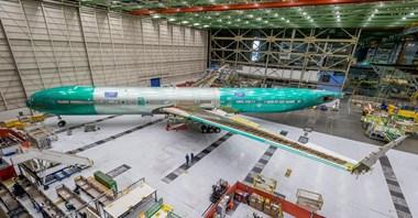 Boeing pokazał pierwszego B777X