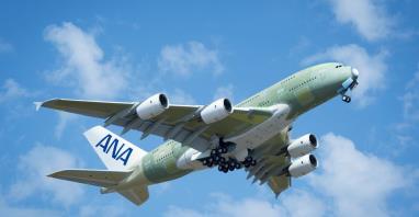 Pierwszy lot A380 i jego przygotowanie do służby w ANA