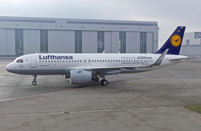 Lufthansa wykorzystuje opcje na 27 Airbusów A320neo