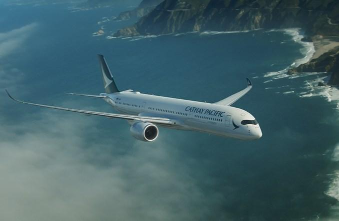 Cathay Pacific będą honorować bilety sprzedane zbyt tanio