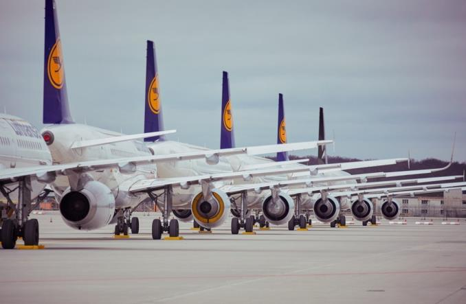 Lufthansa uziemia na Święta ponad 130 samolotów
