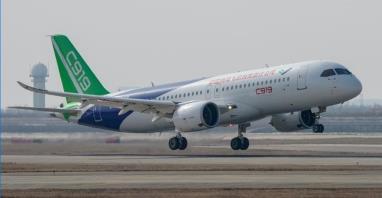 Czy COMAC skorzysta na kłopotach boeingów 737 MAX?