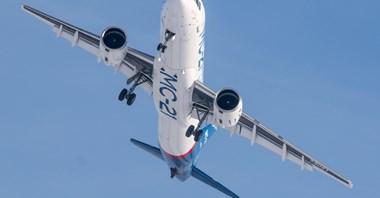 Silniki napędzają problemy SSJ100. W MC-21 uderzają sankcje