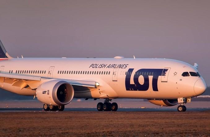 Dwunasty Dreamliner PLL LOT przyleciał do Warszawy (ZDJĘCIA)