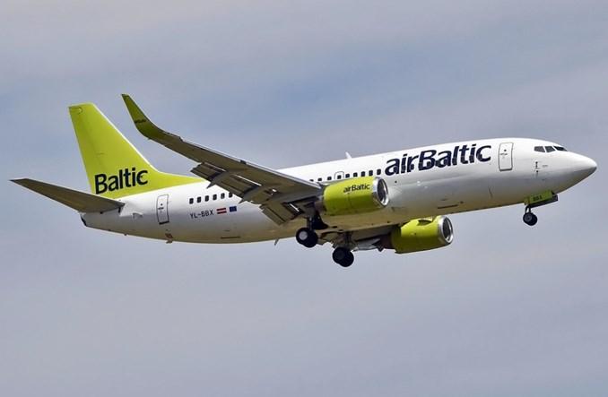 airBaltic opóźnia odejście B737-300 do przyszłego roku