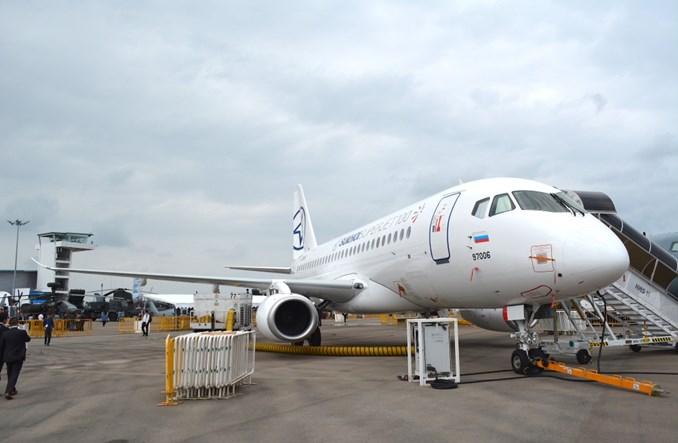 Nowe biznesowe linie lotnicze chcą wykorzystać suchoje SSJ100