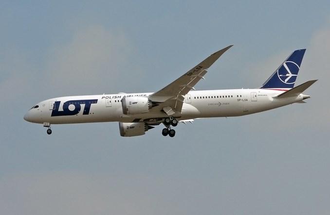LOT chce nowych połączeń do Japonii, premier pomaga