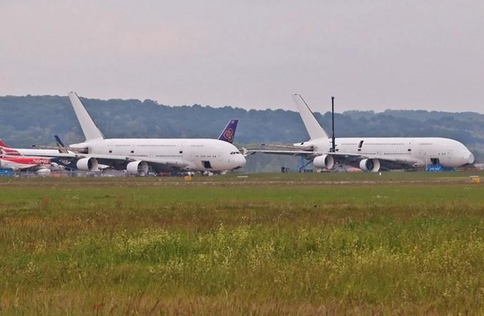 Rozbiórka pierwszych airbusów A380
