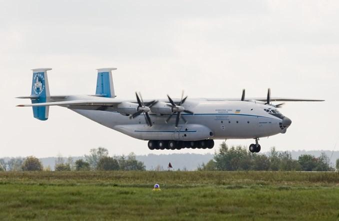 Lotnicze cargo w Polsce – małe i nierozumiane dziecko logistyki