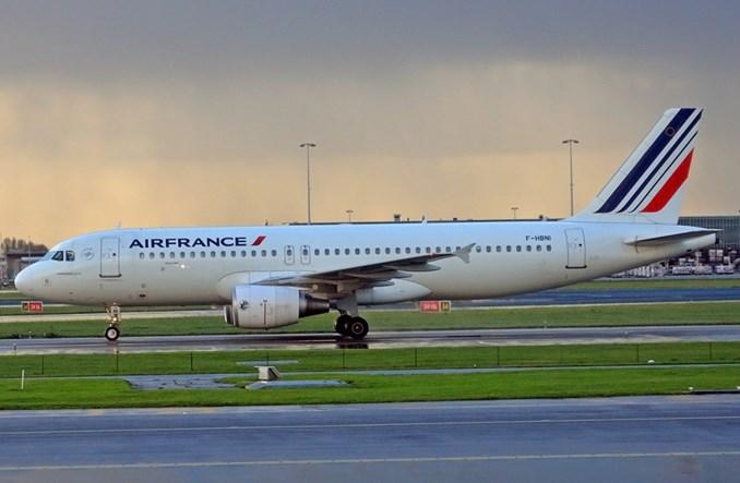 """Air France sprzeciwia się francuskim planom wprowadzenia """"ekopodatku"""""""