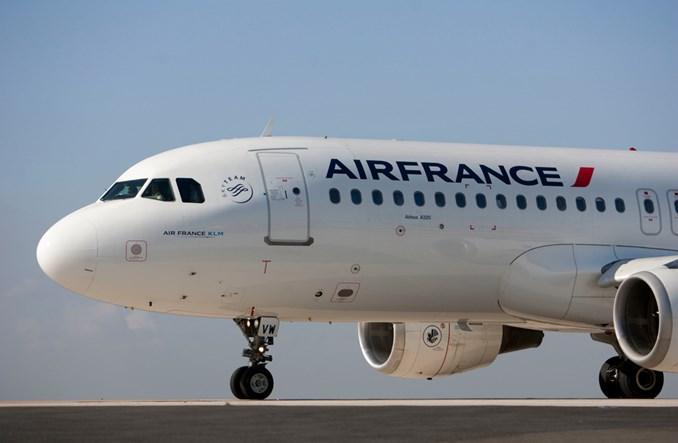 Elektroniczna weryfikacja testu na COVID-19. Air France testują aplikację