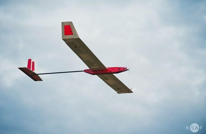 Wystartował samolot zasilany energią słoneczną