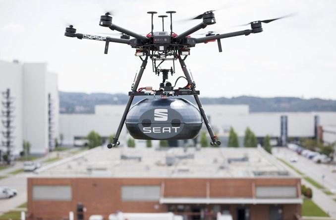 Drony dostarczą części  do fabryki SEAT-a