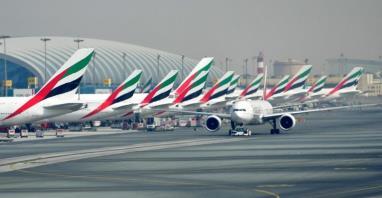 Koronawirus. Emirates ponownie otwierają swoje poczekalnie na całym świecie