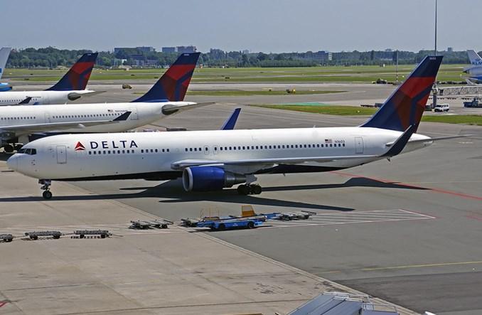 Delta Airlines przeznaczą 1 mld dol. na neutralność klimatyczną