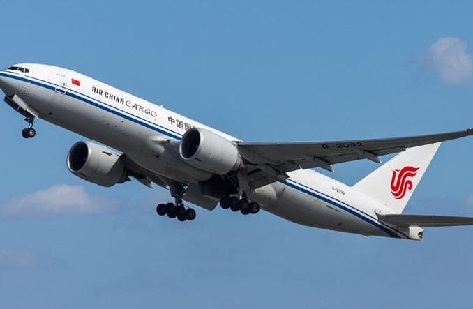 IATA: Październik przyniósł rozczarowujący początek szczytu sezonu cargo