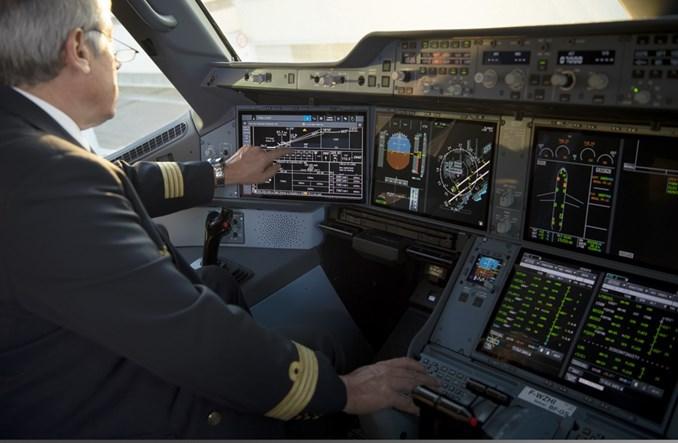 Airbus rozpoczął dostawy A350 z ekranami dotykowymi w kokpicie