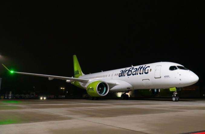 airBaltic odebrał 22. airbusa A220-300