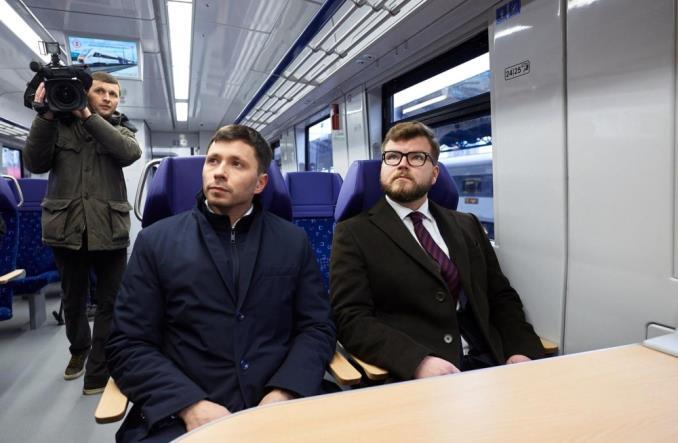 Kijów: Ukraiński pociąg wyjechał na trasę do lotniska Boryspol