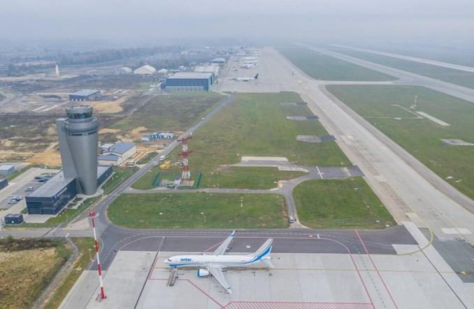 Rozbudowa Katowice Airport. Są już nowe stanowiska postojowe dla samolotów
