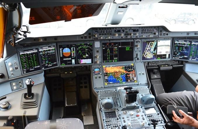 Wyłączenia silników airbusów A350 w locie. Winne francuskie uchwyty na kubki?