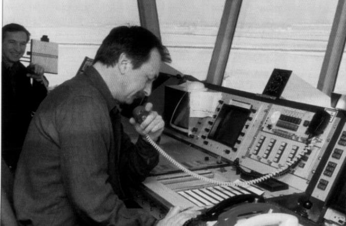 100. rocznica powstania pierwszej wieży na lotnisku czyli narodziny kontroli ruchu lotniczego