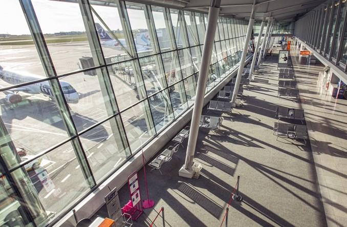 Lotnisko Chopina: 971 operacji w kwietniu, spadek o 93,9 proc.