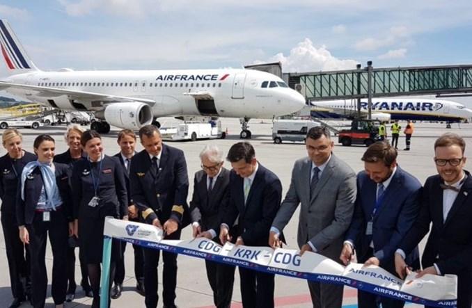 Pierwszy samolot Air France wylądował w Krakowie