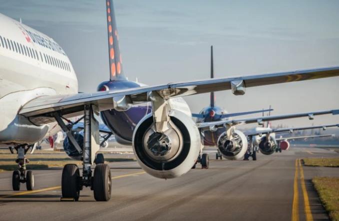 Jak hibernuje się samolot? Fotoreportaż Brussels Airlines