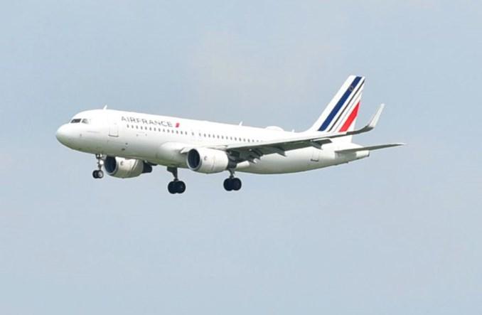 Rozkład Air France połowę mniejszy pod koniec roku. Zostają loty do Warszawy i Krakowa