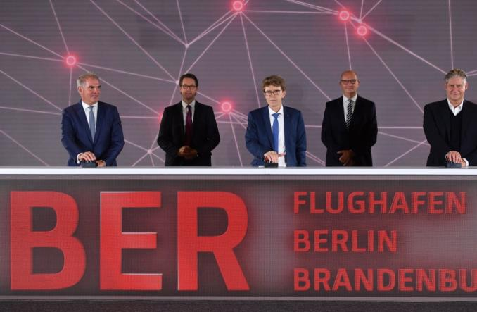 Koronawirus na otwarciu lotniska Berlin-Brandenburg