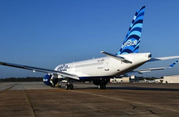 JetBlue doda 25 rejsów z Nowego Jorku w okresie Święta Dziękczynienia