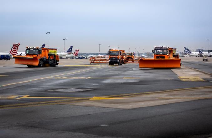 Akcja Zima na Lotnisku Chopina (Zdjęcia)