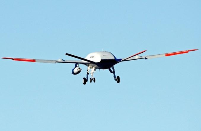 Boeing MQ-25: Pierwszy lot testowy drona z funkcją tankowania w powietrzu