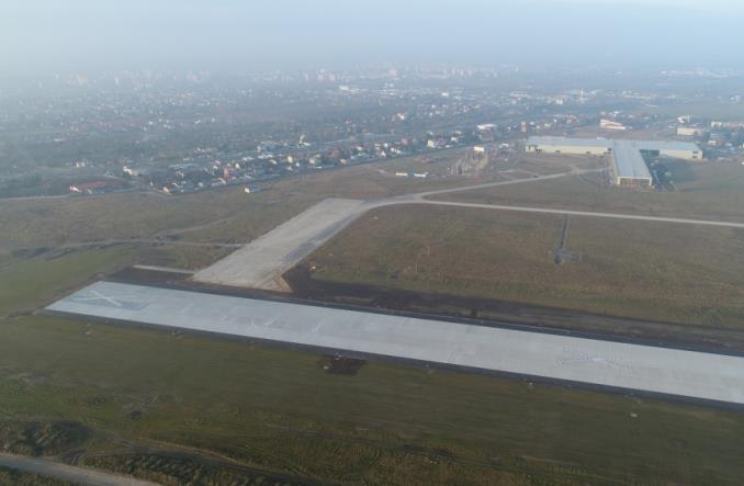 Radom. Lotnisko rośnie w oczach [zdjęcia]