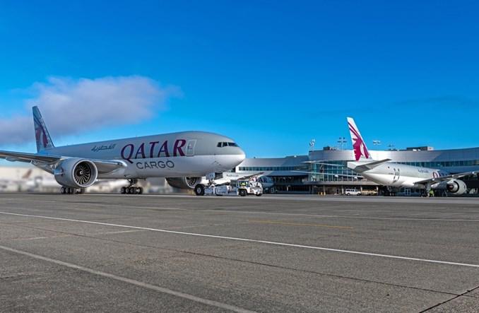 Boeing dostarczył trzy frachtowce B777 dla Qatar Airways Cargo