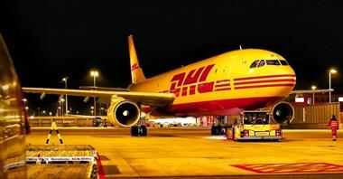 DHL Express: Ponad 50 lotów z dostawą szczepionek na COVID-19 na całym świecie