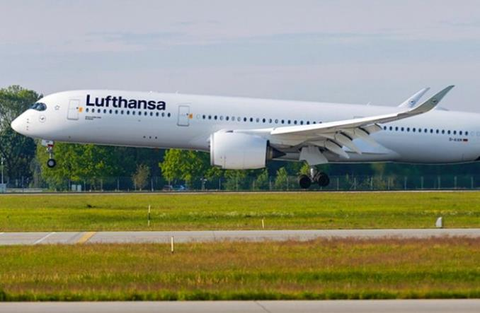 A350 doleciał z Hamburga na Falklandy. Najdłuższy rejs w historii Lufthansy