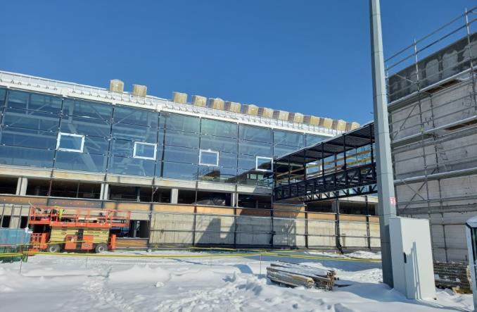 Port Lotniczy Gdańsk: Trwa budowa terminalu i biurowca Alpha (Zdjęcia)