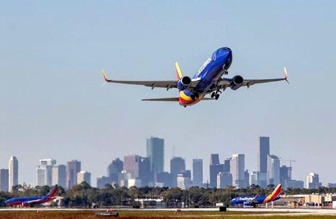 """Boeingi 737 MAX latają znów dla Southwest. """"Zabrałbym na ich pokład żonę, córki i zięciów"""""""