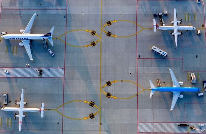 2021 rok wg ACI World: 4,7 mld mniej pasażerów i 94 mld dolarów strat całej branży
