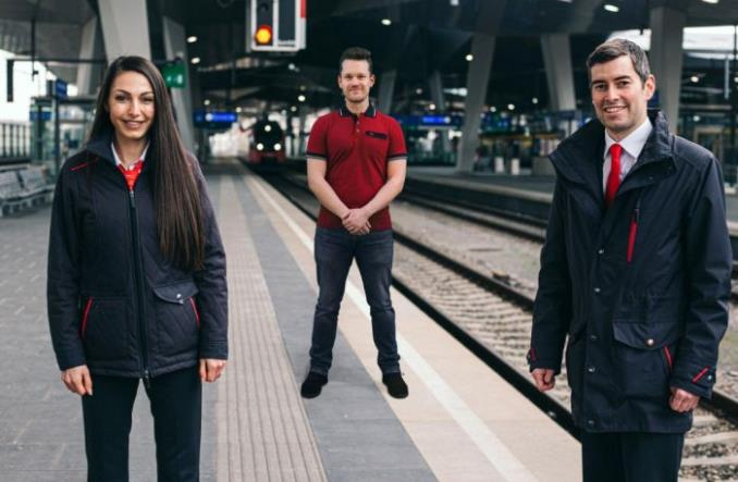 Austria: Byli piloci i stewardessy pracują w pociągach i na stacjach