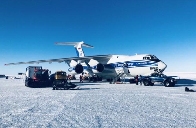 Szósta polarna misja Volga-Dnepr Airlines. Ponad 200 ton ładunku na Antarktydzie