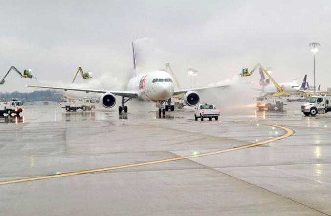 ACI World: Najwięcej pasażerów w Kantonie, nowy lider cargo