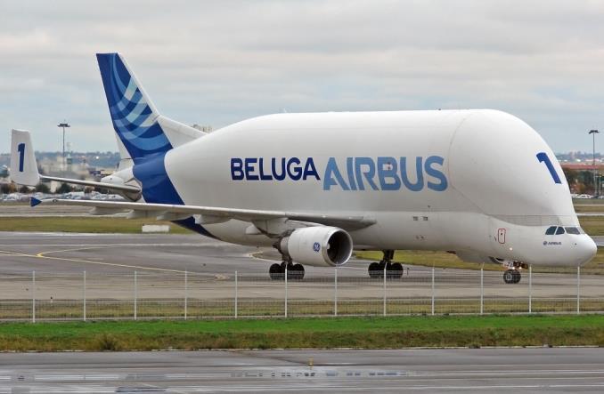 Airbus: Ostatni lot pierwszej wyprodukowanej Belugi